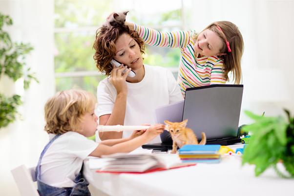 Read more about the article 6 Gründe, was Mütter in ihrem 24-Stunden-Job stark fordert und stresst…